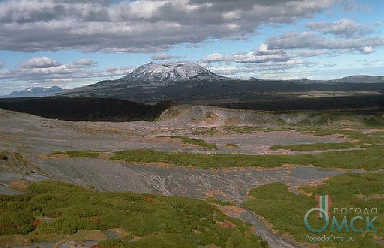 Вулкан Малый Семячик на Камчатке