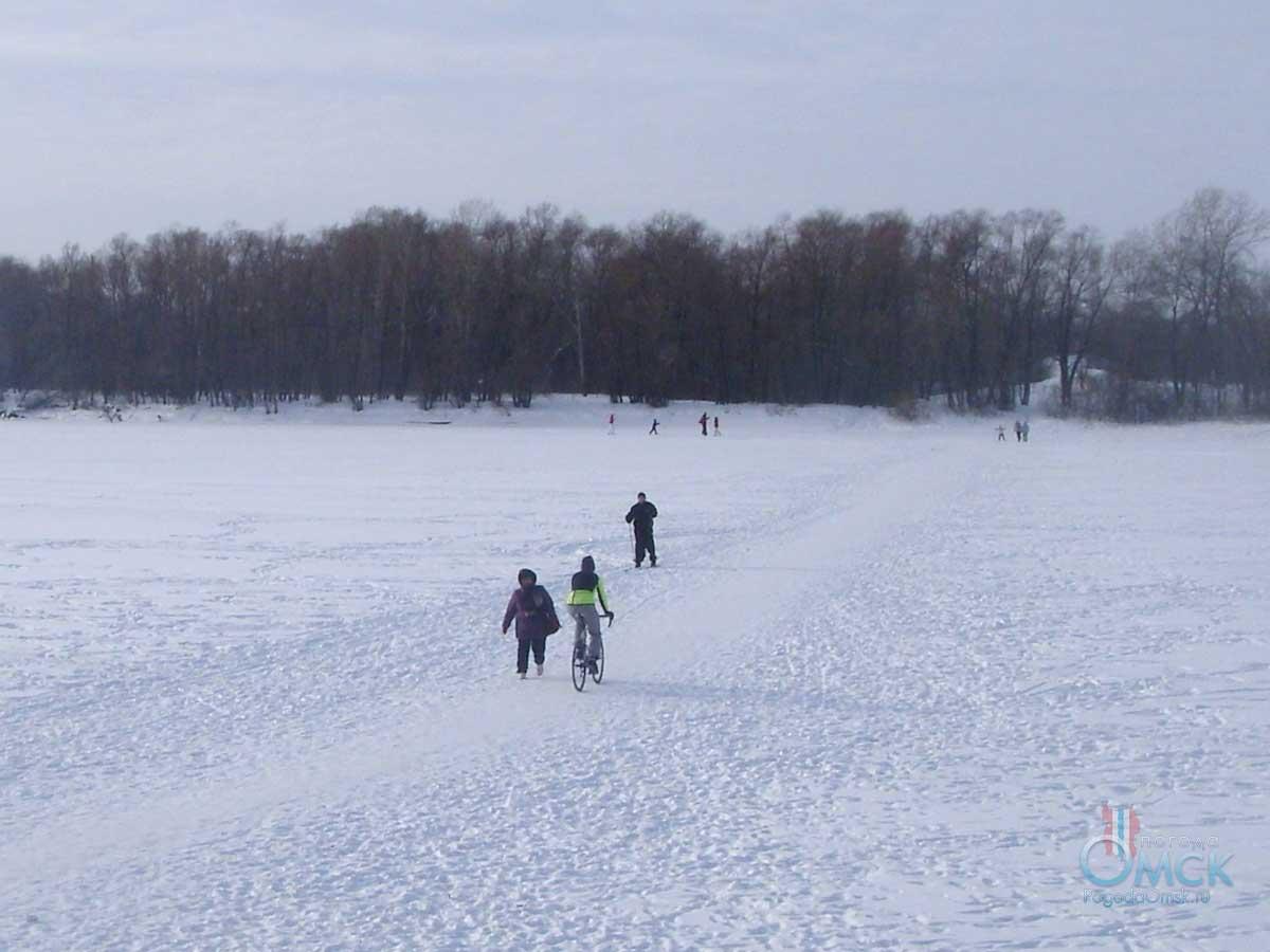 Зимние прогулки по Иртышу