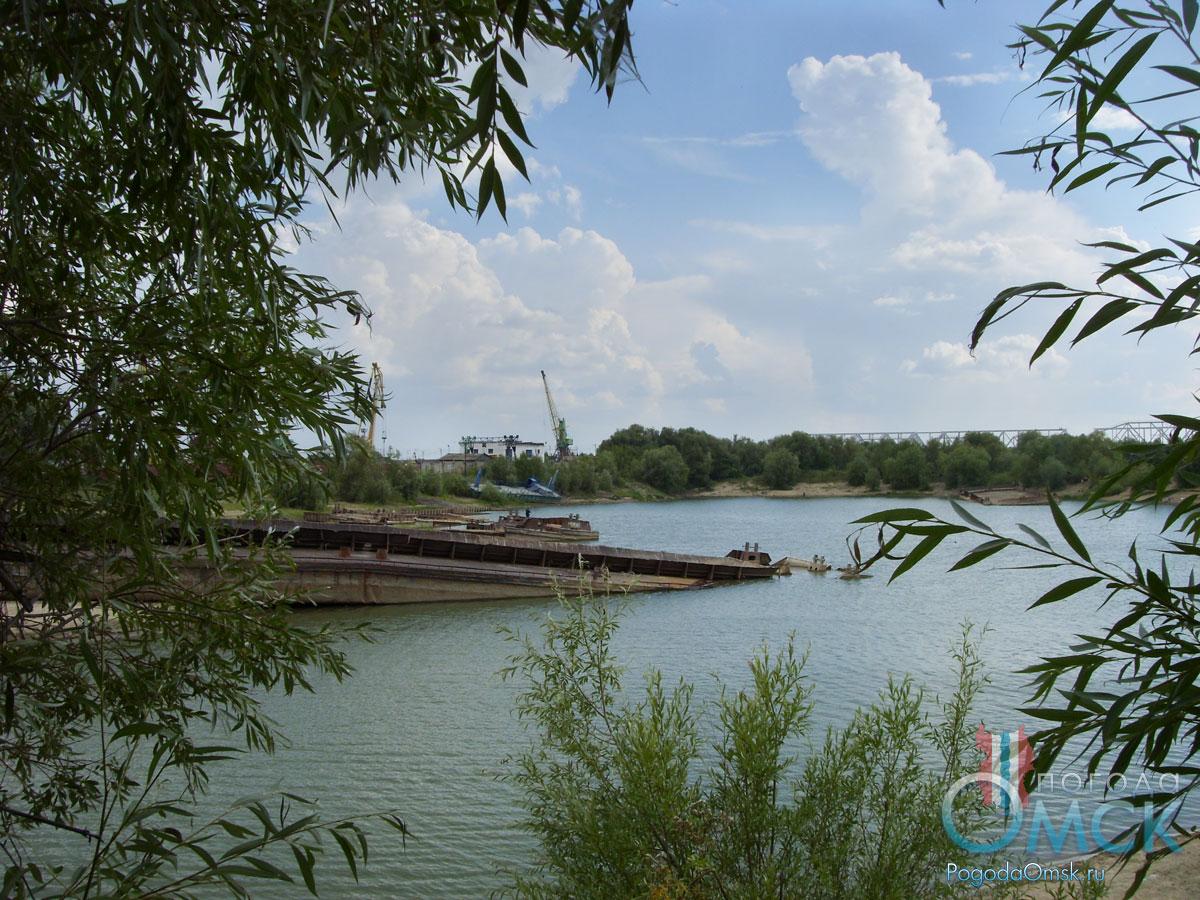 Кладбище кораблей в Омске