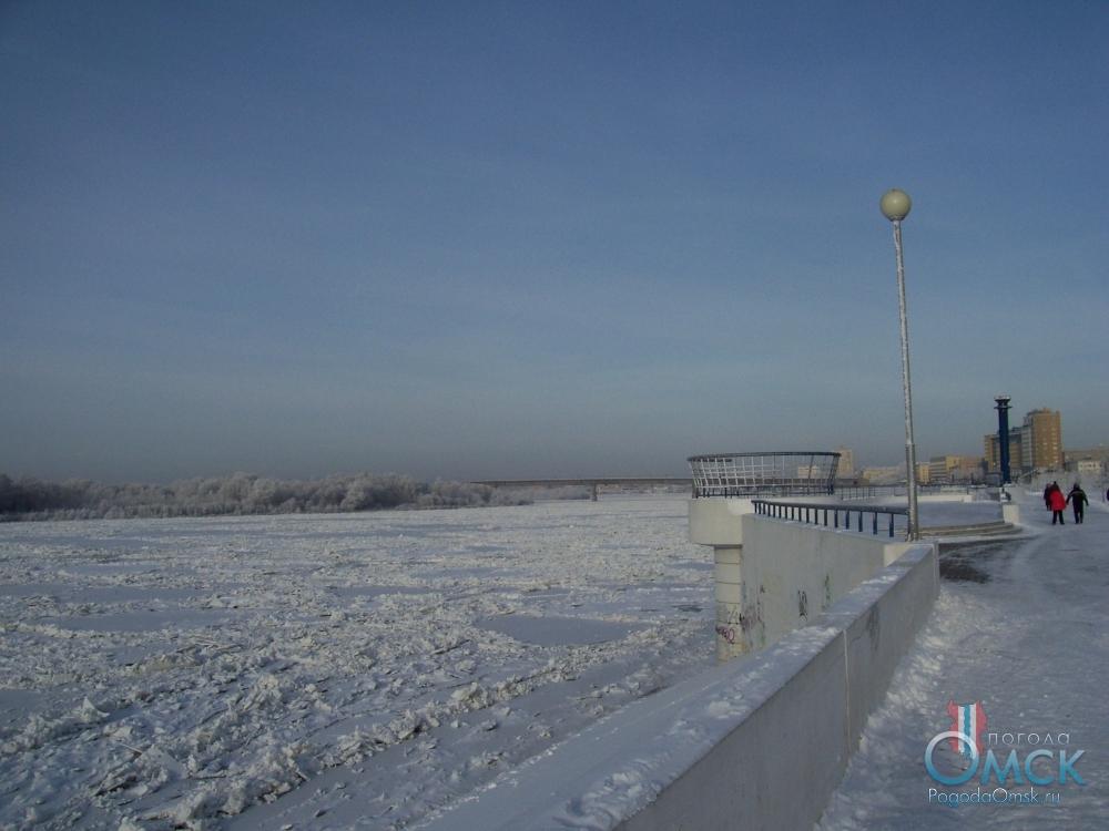 Иртышская набережная зимой