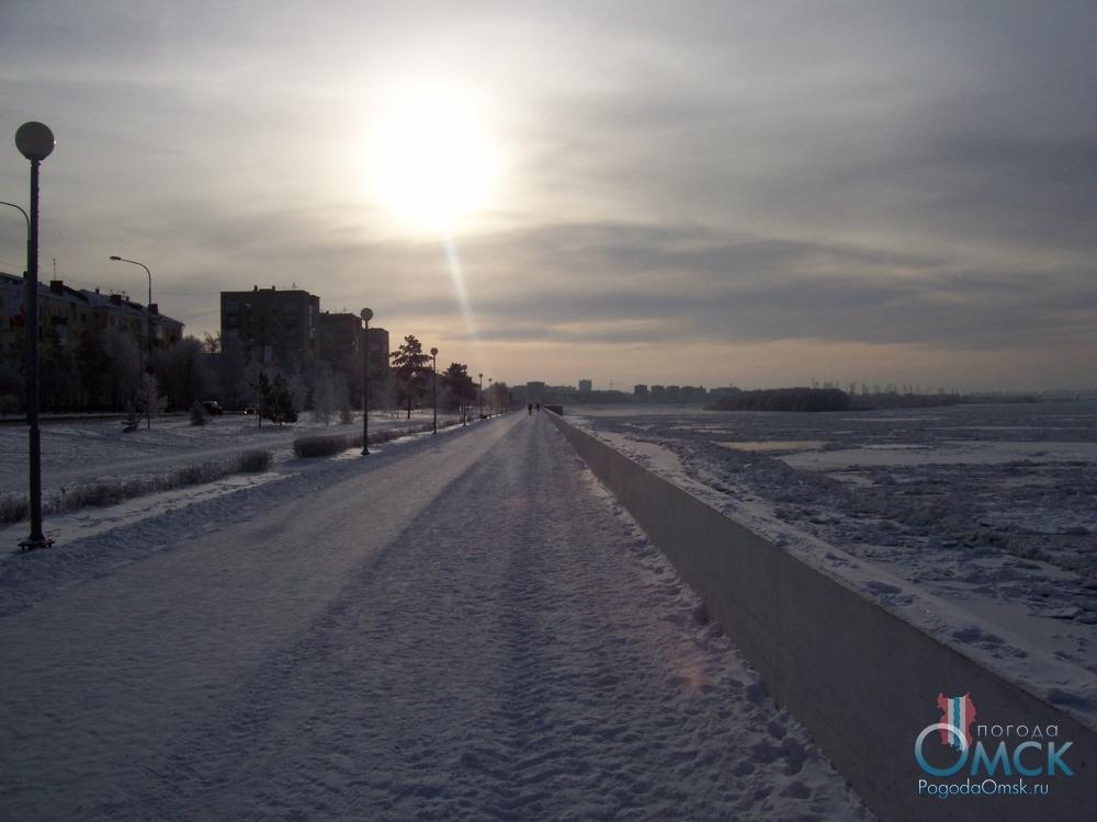 Вид на юг с Иртышской набережной