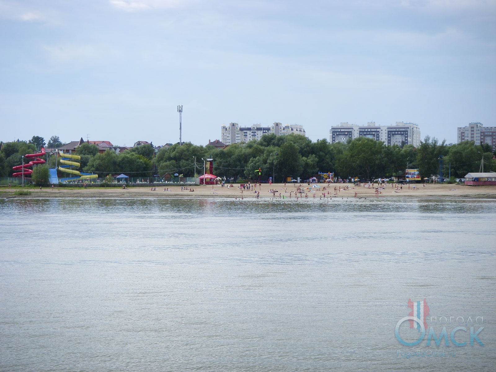 Вид на пляж Кировский в Омске