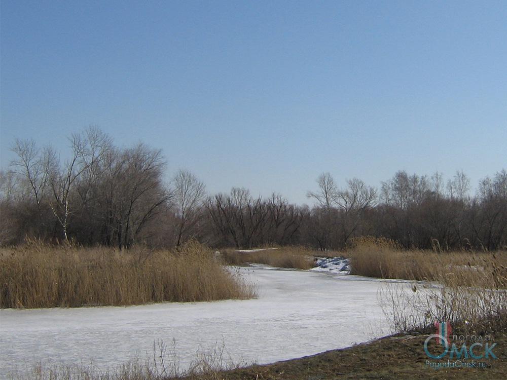 Апрельский лед