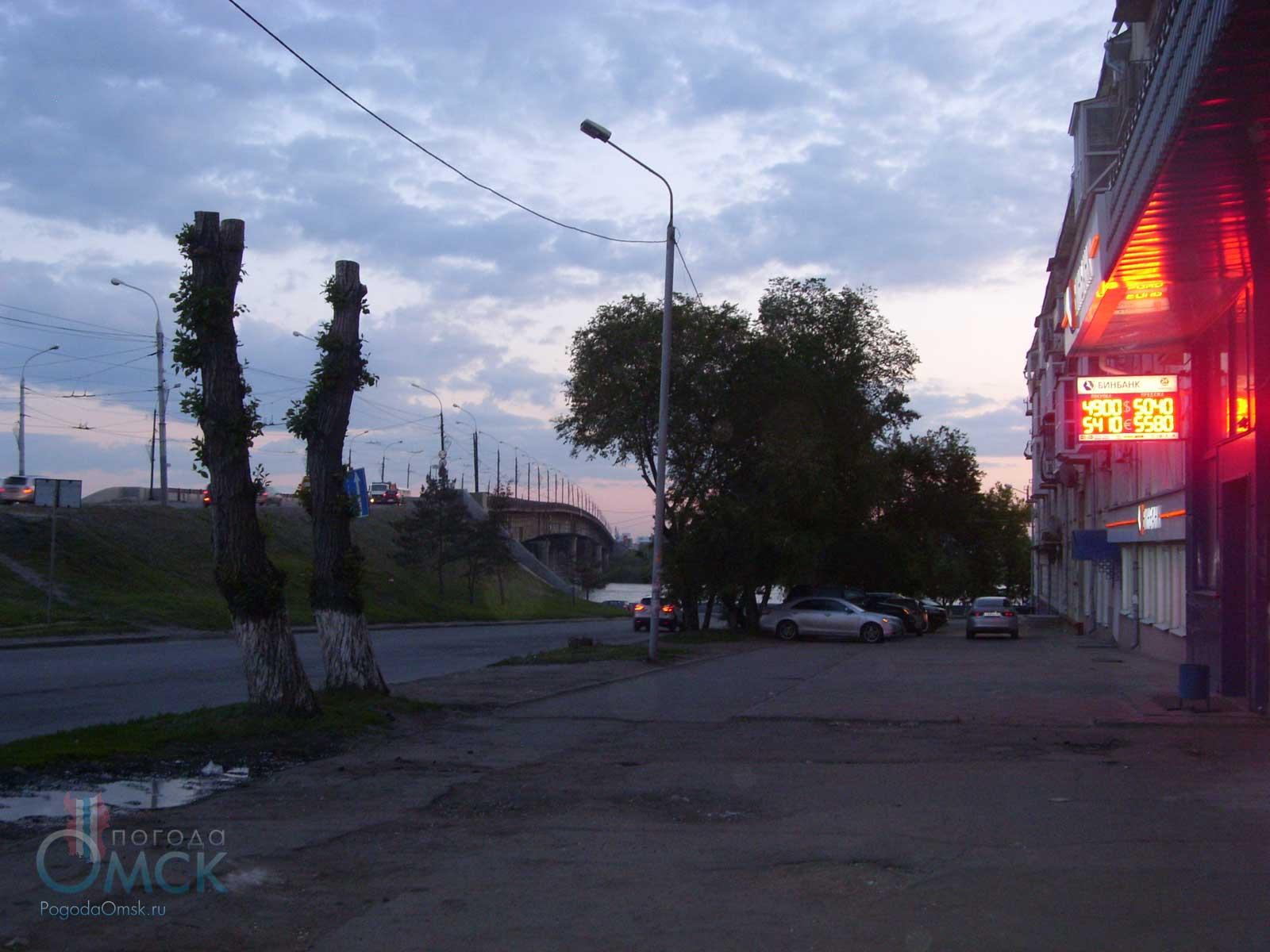 Переулок между улицей Ленина и Иртышской набережной