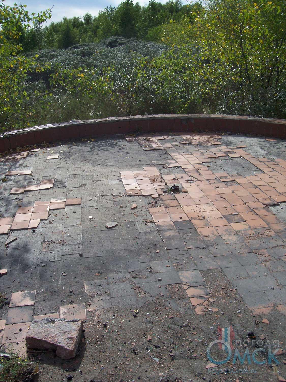 Заброшенный фонтан