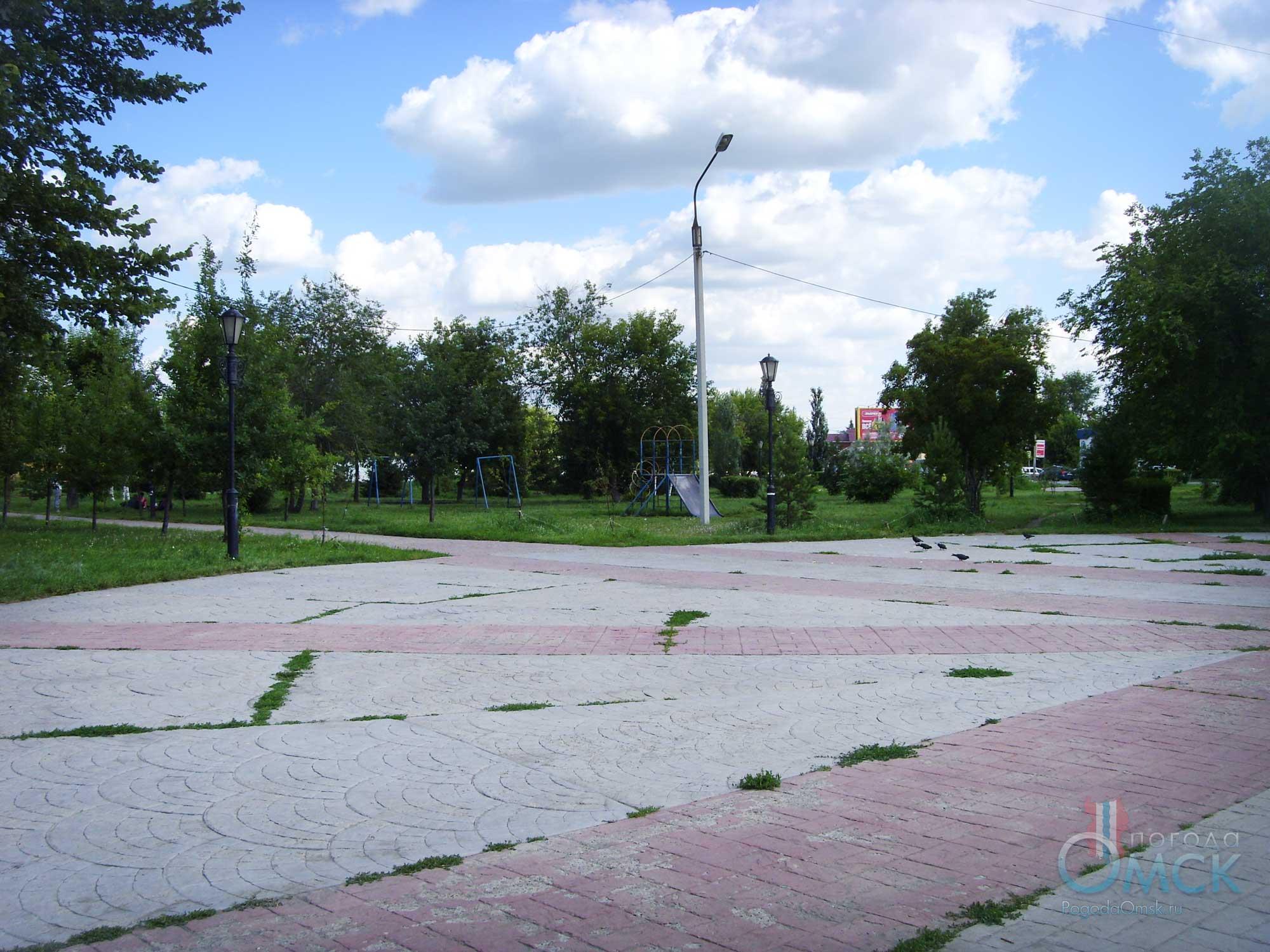 Сквер на площади Звезды в Порт-Артуре